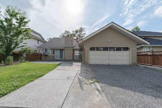Photo 8: 8472 140 Street in Surrey: Bear Creek Green Timbers House for sale : MLS®# R2126174