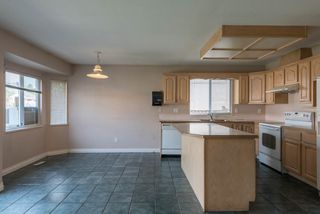 Photo 3: 8472 140 Street in Surrey: Bear Creek Green Timbers House for sale : MLS®# R2126174