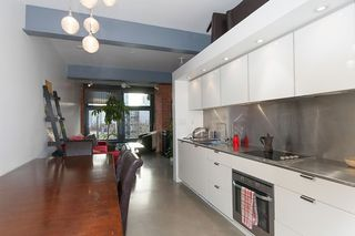 """Photo 3: 503 53 W HASTINGS Street in Vancouver: Downtown VW Condo for sale in """"PARIS BLOCK"""" (Vancouver West)  : MLS®# R2133635"""