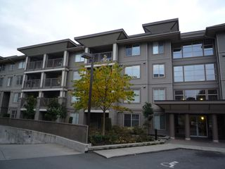Main Photo: 103 45555 YALE Road in Chilliwack: Chilliwack W Young-Well Condo for sale : MLS®# R2139227