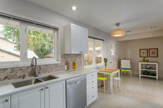 Photo 6: 4565 CAPILANO Road in North Vancouver: Canyon Heights NV House for sale : MLS®# R2146076