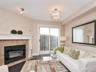 Photo 2: 101 7843 East Saanich Rd in SAANICHTON: CS Saanichton Condo Apartment for sale (Central Saanich)  : MLS®# 753251