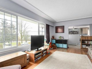 Photo 4: 3935 WILLIAM Street in Burnaby: Willingdon Heights House for sale (Burnaby North)  : MLS®# R2149718