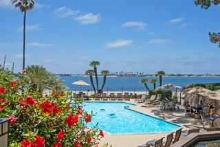 Photo 2: PACIFIC BEACH Condo for rent : 2 bedrooms : 3940 Gresham St #433 in San Diego