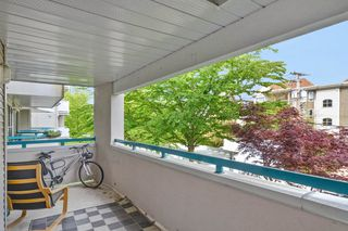 "Photo 13: 202 20268 54 Avenue in Langley: Langley City Condo for sale in ""BRIGHTON PLACE"" : MLS®# R2164660"
