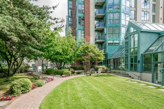 "Photo 19: 947 HOMER Street in Vancouver: Yaletown Townhouse for sale in ""PINNACLE ON HOMER"" (Vancouver West)  : MLS®# R2172938"