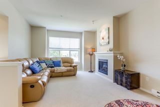 """Photo 4: 13 8089 209 Street in Langley: Willoughby Heights Townhouse for sale in """"Arborel Park"""" : MLS®# R2188165"""