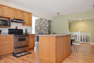 Photo 5: 23523 47 Avenue in Langley: Salmon River House for sale : MLS®# R2190915
