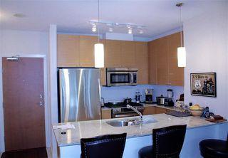 Photo 4: 2007 400 CAPILANO ROAD: Condo for sale : MLS®# R2027173