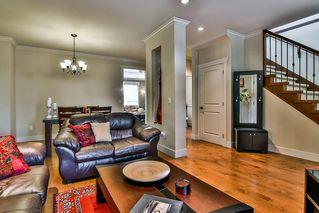 "Photo 3: 6199 150 Street in Surrey: Sullivan Station House for sale in ""Sullivan Station"" : MLS®# R2195277"