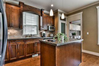 "Photo 5: 6199 150 Street in Surrey: Sullivan Station House for sale in ""Sullivan Station"" : MLS®# R2195277"