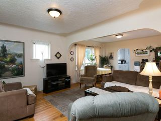 Photo 11: 2020 9 Avenue SE in Calgary: Inglewood House for sale : MLS®# C4138349