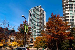 Photo 1: 2001 1008 CAMBIE STREET in Vancouver: Yaletown Condo for sale (Vancouver West)  : MLS®# R2217293
