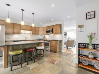 Photo 14: A3 240 W 16th Street in North Vancouver: Central Lonsdale Townhouse  : MLS®# R2178079