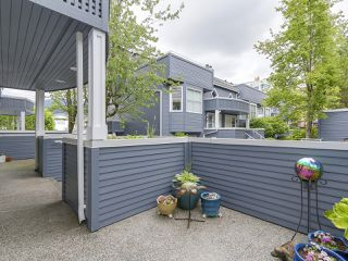 Photo 2: A3 240 W 16th Street in North Vancouver: Central Lonsdale Townhouse  : MLS®# R2178079
