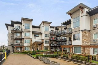 "Photo 1: 408 11935 BURNETT Street in Maple Ridge: East Central Condo for sale in ""KENSINGTON PARK"" : MLS®# R2233742"