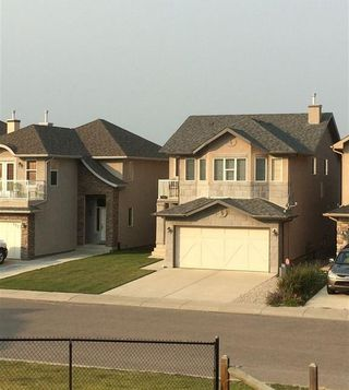 Photo 2:  in Calgary: Sherwood House for sale : MLS®# C4167078