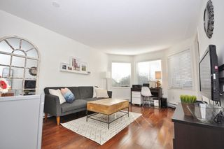 "Photo 2: 209 2057 W 3RD Avenue in Vancouver: Kitsilano Condo for sale in ""THE SAUSALITO"" (Vancouver West)  : MLS®# R2249054"