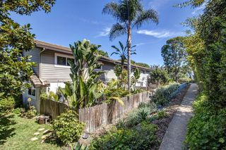 Photo 24: SOLANA BEACH Townhome for sale : 3 bedrooms : 523 Turfwood Lane