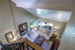 Photo 9: SOLANA BEACH Townhome for sale : 3 bedrooms : 523 Turfwood Lane