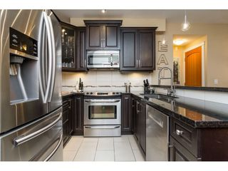 "Photo 6: 154 8328 207A Street in Langley: Willoughby Heights Condo for sale in ""Yorkson Creek"" : MLS®# R2252850"