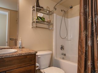 Photo 17: 303 297 Hirst Ave in Bayview Gardens: Apartment for sale : MLS®# 421913