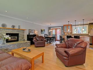 Photo 3: 4586 UNDERWOOD Avenue in North Vancouver: Lynn Valley House for sale : MLS®# R2267358
