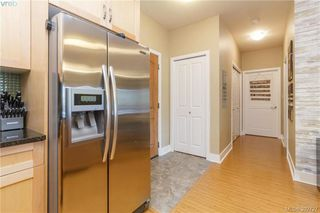 Photo 8: 209 866 Brock Avenue in VICTORIA: La Langford Proper Condo Apartment for sale (Langford)  : MLS®# 392727