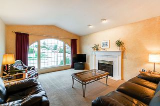 Photo 2: 4286 GRAVELEY Street in Burnaby: Brentwood Park House for sale (Burnaby North)  : MLS®# R2304392