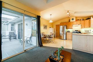 Photo 11: 4286 GRAVELEY Street in Burnaby: Brentwood Park House for sale (Burnaby North)  : MLS®# R2304392