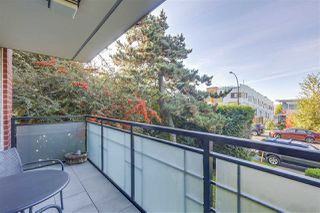 "Photo 7: 109 360 E 2ND Street in North Vancouver: Lower Lonsdale Condo for sale in ""EMERALD MANOR"" : MLS®# R2315985"