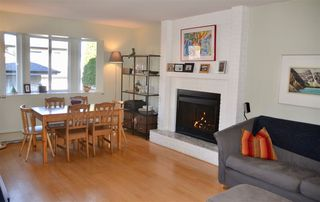 Photo 4: 939 E 11TH Avenue in Vancouver: Mount Pleasant VE 1/2 Duplex for sale (Vancouver East)  : MLS®# R2316093