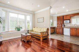 Photo 10: 8318 FREMLIN Street in Vancouver: Marpole House 1/2 Duplex for sale (Vancouver West)  : MLS®# R2317550