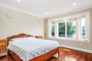 Photo 14: 8318 FREMLIN Street in Vancouver: Marpole House 1/2 Duplex for sale (Vancouver West)  : MLS®# R2317550