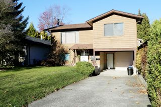 "Main Photo: 34907 GLENN MOUNTAIN Drive in Abbotsford: Abbotsford East House for sale in ""Glenn Mountain"" : MLS®# R2323820"