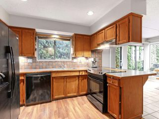 Photo 2: 4891 MAITLAND Street in Burnaby: Forest Glen BS House for sale (Burnaby South)  : MLS®# R2331516