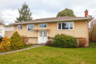 Photo 1: 3898 Olivia Place in VICTORIA: SE Mt Tolmie Single Family Detached for sale (Saanich East)  : MLS®# 405002