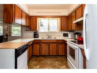 """Photo 8: 34641 MERLIN Place in Abbotsford: Abbotsford East House for sale in """"Mcmillan"""" : MLS®# R2339379"""