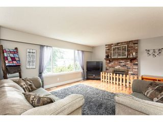 "Photo 3: 34641 MERLIN Place in Abbotsford: Abbotsford East House for sale in ""Mcmillan"" : MLS®# R2339379"