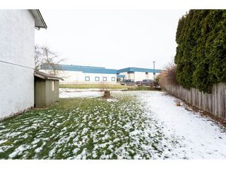 "Photo 16: 34641 MERLIN Place in Abbotsford: Abbotsford East House for sale in ""Mcmillan"" : MLS®# R2339379"