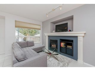 Photo 9: 8771 206 Street in Langley: Walnut Grove House for sale : MLS®# R2347933