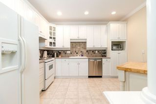 """Photo 4: 405 3280 PLATEAU Boulevard in Coquitlam: Westwood Plateau Condo for sale in """"CAMELBACK"""" : MLS®# R2367724"""