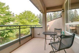 "Photo 18: 405 3280 PLATEAU Boulevard in Coquitlam: Westwood Plateau Condo for sale in ""CAMELBACK"" : MLS®# R2367724"