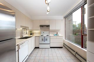 Photo 10: 302 2108 W 38TH Avenue in Vancouver: Kerrisdale Condo for sale (Vancouver West)  : MLS®# R2368154