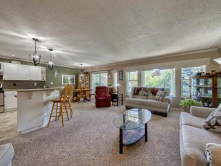 Photo 2: 9 2210 QU'APPELLE Boulevard in Kamloops: Juniper Heights House for sale : MLS®# 151373