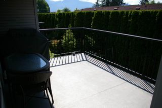 Photo 11: 26 8881 WALTERS Street in Chilliwack: Chilliwack E Young-Yale Townhouse for sale : MLS®# R2370965