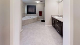 Photo 13: 5223 19A Avenue SW in Edmonton: Zone 53 House for sale : MLS®# E4159225