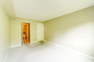 """Photo 8: 307 3260 ST JOHNS Street in Port Moody: Port Moody Centre Condo for sale in """"The Square"""" : MLS®# R2375870"""