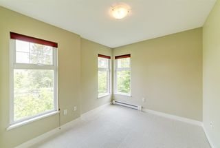 """Photo 11: 307 3260 ST JOHNS Street in Port Moody: Port Moody Centre Condo for sale in """"The Square"""" : MLS®# R2375870"""