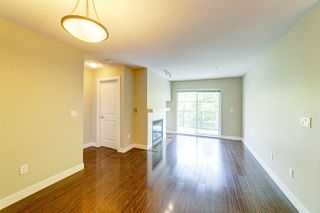"""Photo 4: 307 3260 ST JOHNS Street in Port Moody: Port Moody Centre Condo for sale in """"The Square"""" : MLS®# R2375870"""